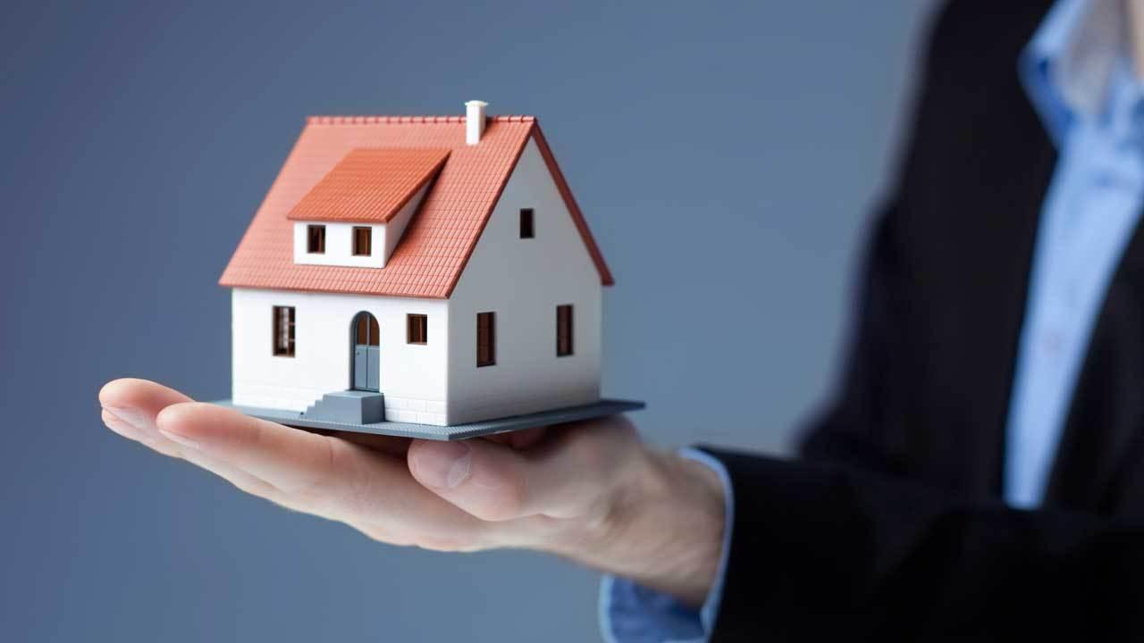 os-cfb-real-estate-0525-20150524